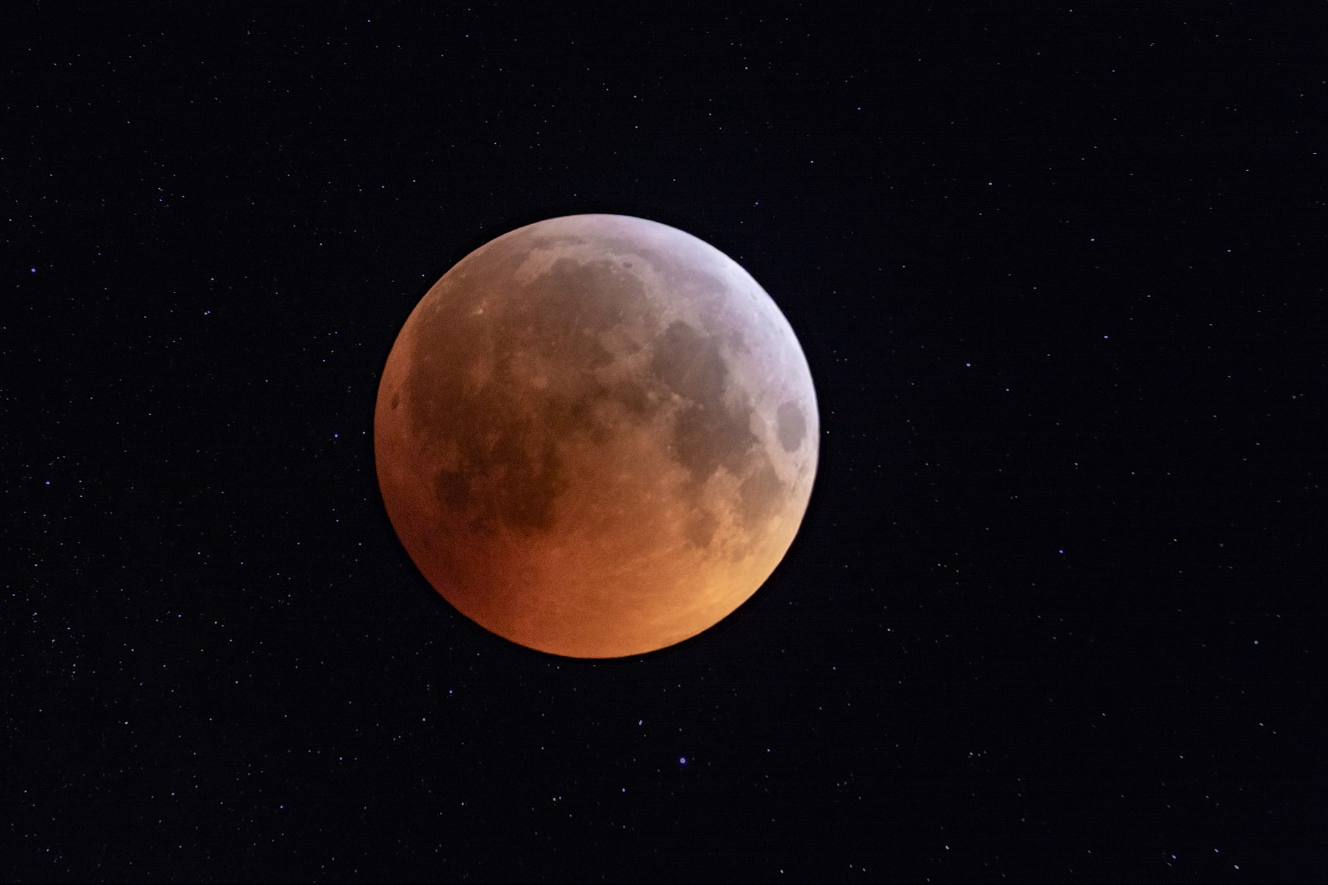 """Don't Miss The """"Super Blood Moon"""" Eclipse On May 26"""