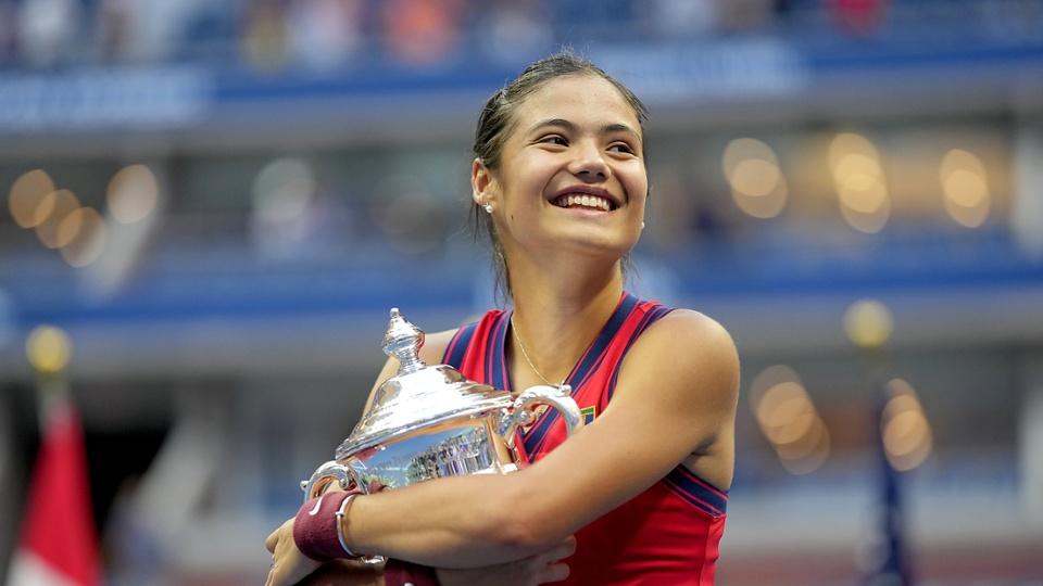British Teenage Tennis Phenom Emma Raducanu Clinches 2021 US Open Championship!