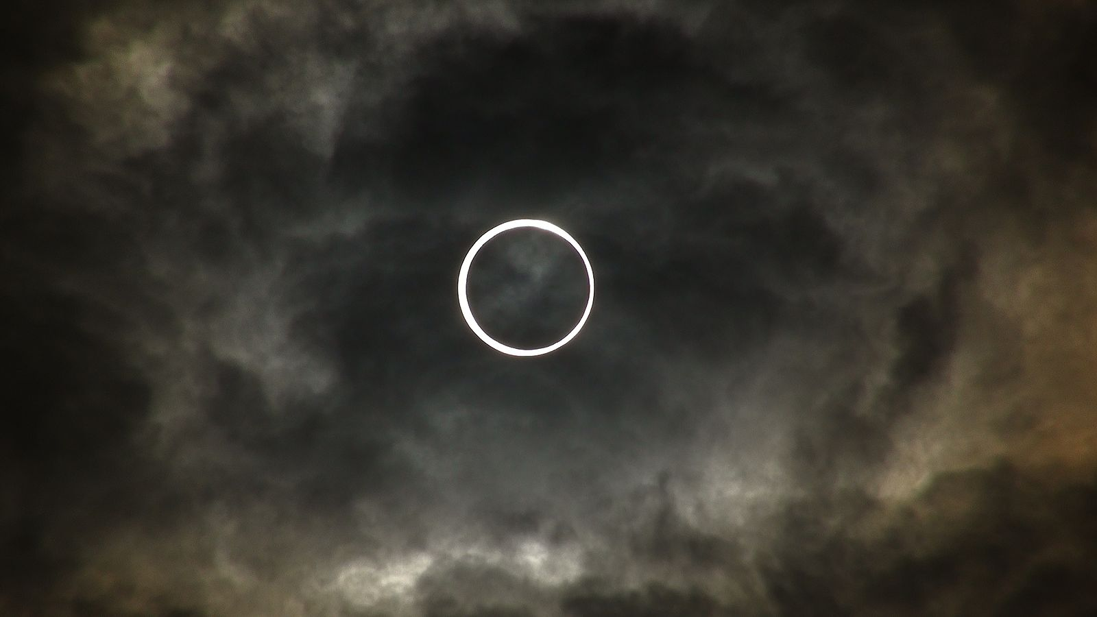 """How To Watch The Rare """"Ring Of Fire"""" Solar Eclipse On June 10th"""